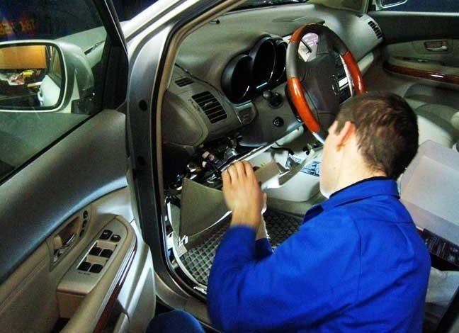 Установка GPS датчика слежения