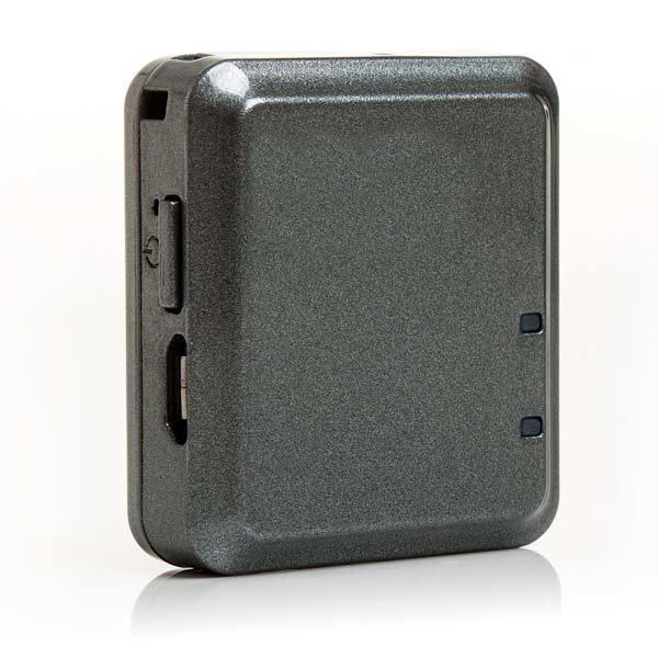 F800 - gps трекер, вид спереди